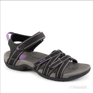 TEVA Tirra Strappy Velcro Closure Sandals 6